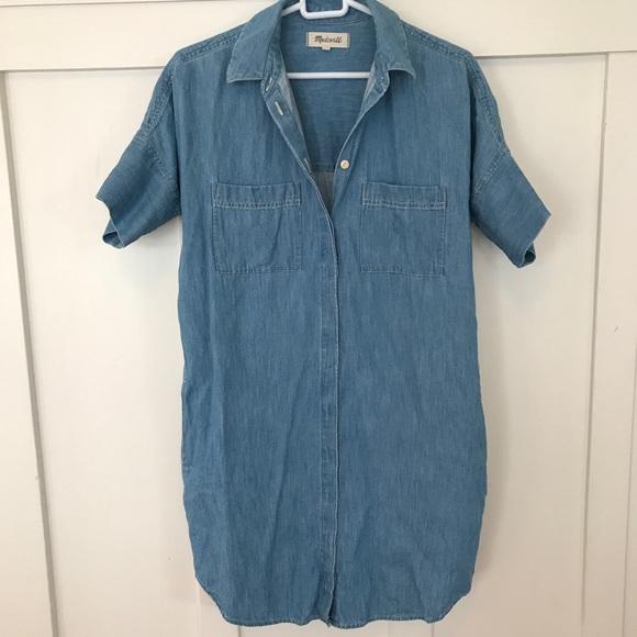 e600af1385 Madewell Dresses   Skirts - Madewell Denim Courier Shirtdress